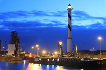 Leuchtturm und Hafen in Ostende