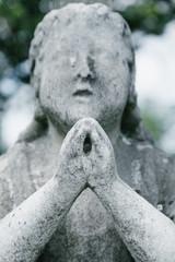 Keuken foto achterwand Historisch mon. Praying Figure and Cross