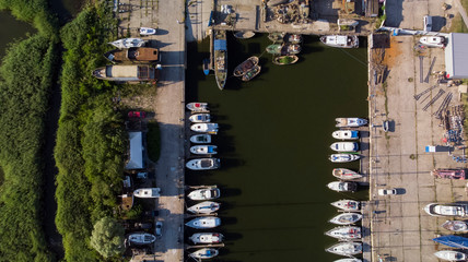 Spoed Foto op Canvas Stad aan het water Harbor of coastal town