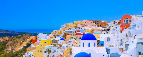 Spoed Foto op Canvas Santorini Oia, Santorini, Greece in cyclades island with colorful houses and blue church domes panorama banner