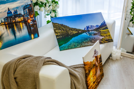 New canvas prints of landscape photos, photo canvases are in the interior