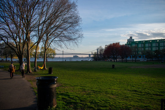Penn Treaty Park With the Ben Franklin Bridge in the Background