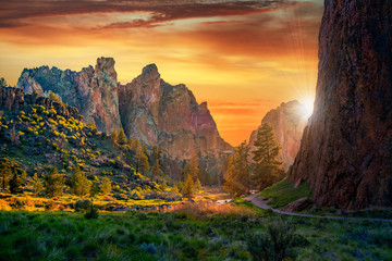 The towering cliffs at Smith Rock State Park near Bend, Oregon, USA at sunset. Wall mural