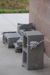 cinder block sign weight
