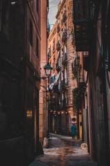 calle antigua en primera hora de la mañana