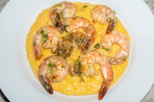 Cheesy Shrimp and Yellow Grits