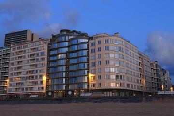 Gebäude am Strand in Ostende