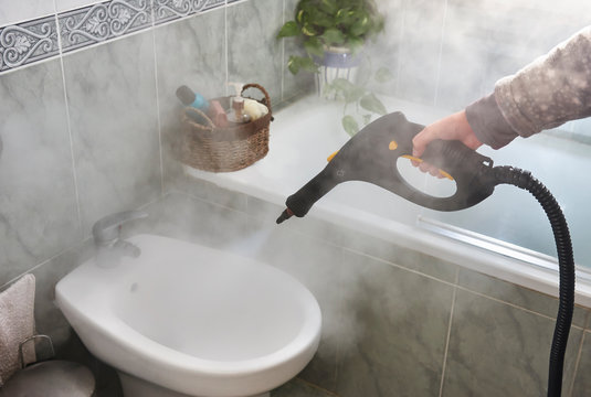 Disinfection and cleaning with steam machine