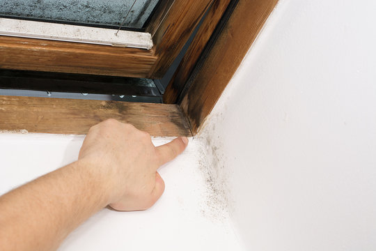a crack formed in the window pane, caused by moisture, great tension in the material