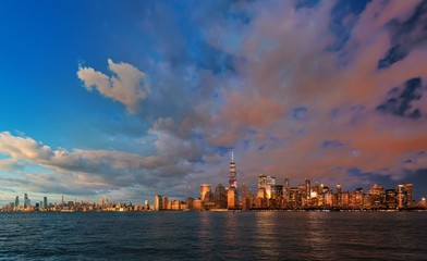 Fototapete - New York City skyline day and night