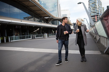 Couple Exploring Area near Southern Cross Station Melbourne Fotomurales