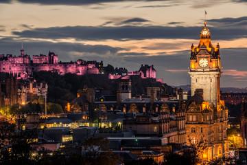Printed kitchen splashbacks Amsterdam Edinburgh city skyline and castle at night, Scotland