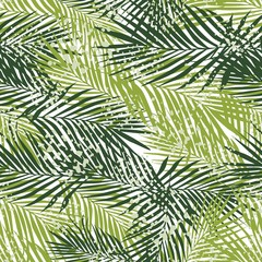 Spoed Fotobehang Tropische Bladeren Exotic fern leaves seamless pattern on white background. Tropical palm leaf wallpaper.