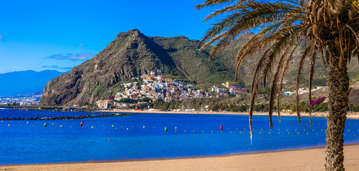 Fototapete - Best beaches of Canary islands - beautiful  Las Teresitas and village San Andreas in Tenerife