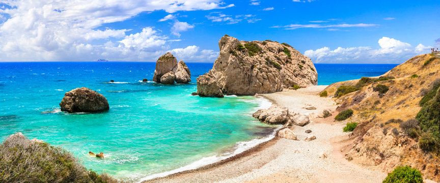 Best beaches of Cyprus island - beautiful Petra tou Romiou, famous as a birthplace of Aphrodite