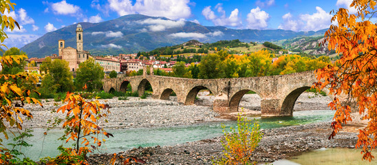 Spoed Fotobehang Oude gebouw landmarks of Italy . Bobbio - beautiful ancient town with impressive roman bridge, Emilia Romagna