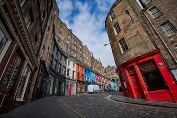 Zelfklevend Fotobehang Smal steegje Empty streets of Edinburgh during quarantine of Covid-19: Victoria Street