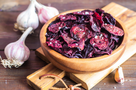 backed beet chips crisps, healthy snack