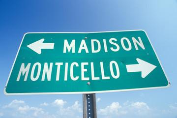 Fototapete - A sign that reads ÒMadison/MonticelloÓ