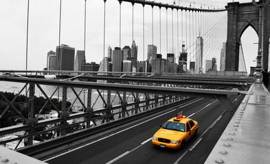 Taxi auf Brooklyn Bridge
