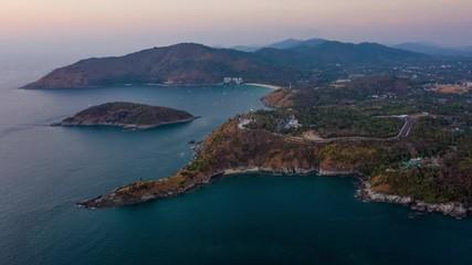 Fototapete - Aerial hyperlapse of the southernmost tip of Phuket island - Promthep Cape during sunset, Thailand