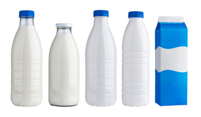 Fototapeta Packaging for dairy products, plastic and glass bottles for milk isolated on white background obraz