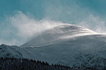 Fototapeta windy snowy mountain - polish tatry obraz