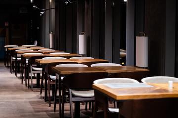 Obraz Pusta Restauracja - Zamykanie Branża Gastronomiczna-  Kryzys gospodarczy - fototapety do salonu
