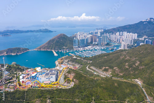 Wall mural Aerial view of Ocean Park and  Aberdeen, the theme park in Hong Kong