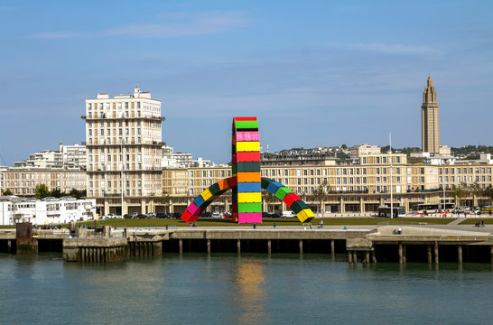 Le Havre, France : Contemporary installation Catene de Containers by Vincent Ganivet in Southampton port of Le Havre, France, to commemorate city's 500th anniversary