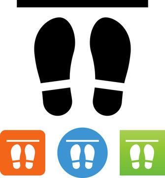 Shoe Print Social Distancing Icon