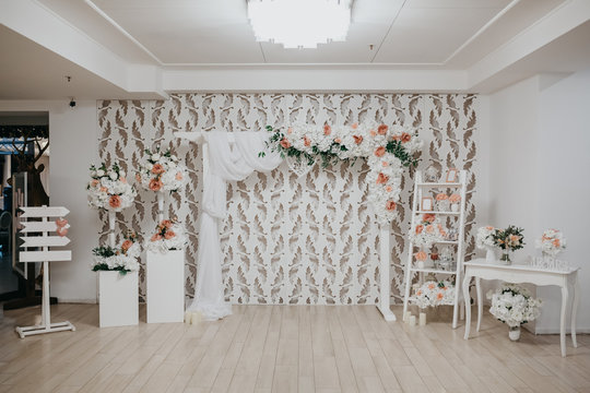 Vintage wedding party photo booth zone