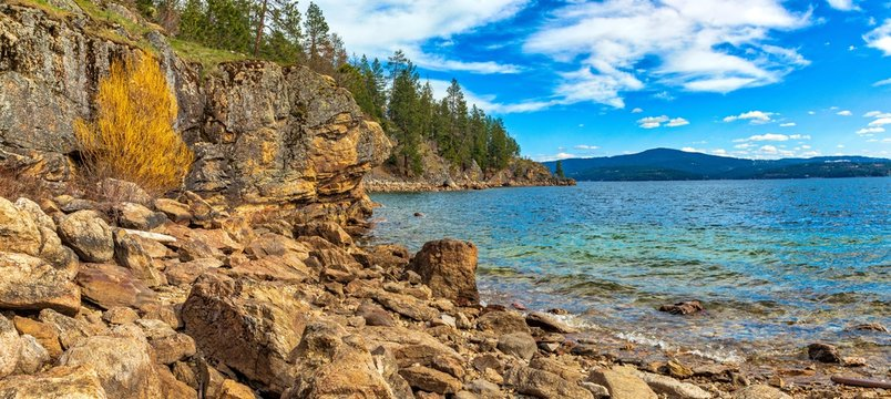 Rocky shoreline on lake Coeur d'Alene in Idaho