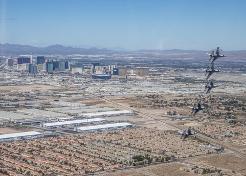 """USAF Squadron """"Thunderbirds"""" fly over Las Vegas to show appreciation and support for the healthcare workers during coronavirus outbreak"""