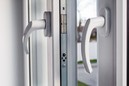 handles opened plastic window