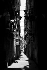 Keuken foto achterwand Smal steegje Narrow Alley Amidst Buildings In City