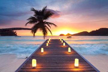 Wall Mural - romantischer Abend - Kerzen am Strand