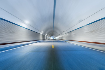 Fotomurales - motion blur in tunnel