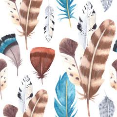 Modèle sans couture de plumes vibrantes aquarelle dessinés à la main