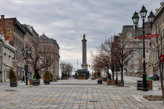 Place Jacques-Cartier English: Jacques Cartier square is a square located in Old Montreal, Quebec, Canada. It is an entrance to the Old Port of Montreal with seen on the Nelson column