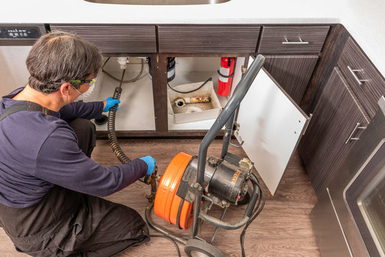 Professional Plumber Drain Cleaning