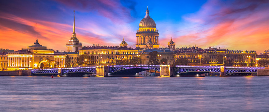 Saint Isaac's Cathedral, Panorama of St. Petersburg at the summer sunset, Russia is the largest Russian Orthodox cathedral, St. Petersburg architecture, Saint Petersburg, Russia Federation.