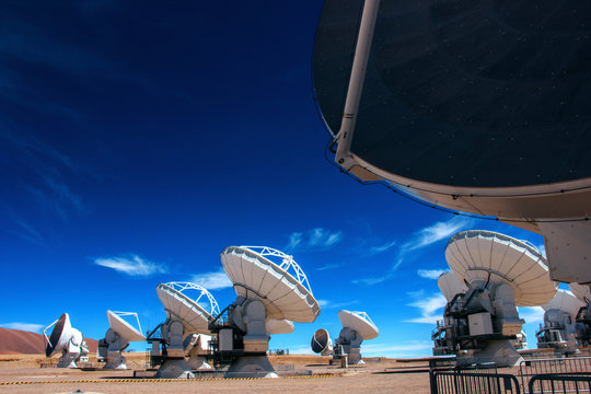 ALMA - Atacama Large Millimeter Array