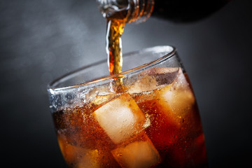 soft drink, pouring cola into glass