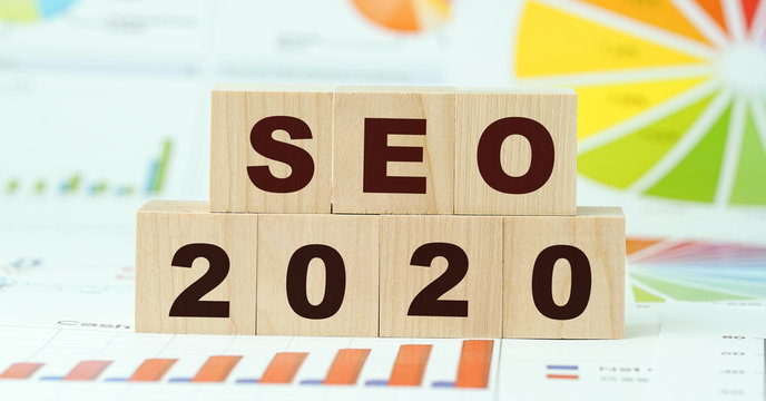 seo 2020 words on wooden blocks graph background