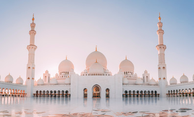 Wall Murals Abu Dhabi mosque in abu dhabi united arab emirates