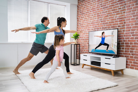 Home Online Stretching Yoga Fitness Exercise