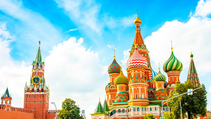 Wall Mural - Panoramic view of Moscow Kremlin and St Basil's church, Russia