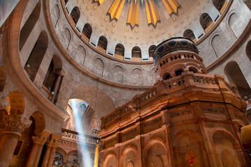 Church of the Holy Sepulcher Jerusalem holy light beam