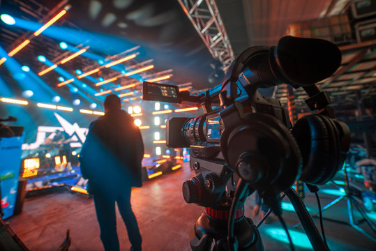 shooting a concert on television